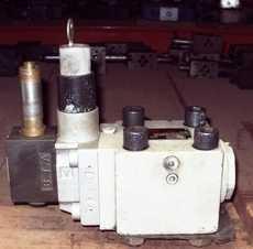 Válvula hidráulica (modelo: DFS25 HG 70001200)