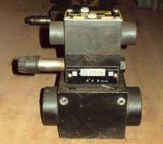 marca: Parker modelo: D31VW1B1570Y estado: usada