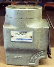 marca: Vickers modelo: DF10P116520 direcional estado: usada