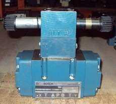 Válvula hidráulica (modelo: 0810002618)