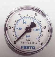 Manometro (escala: 145PSI 10BAR)
