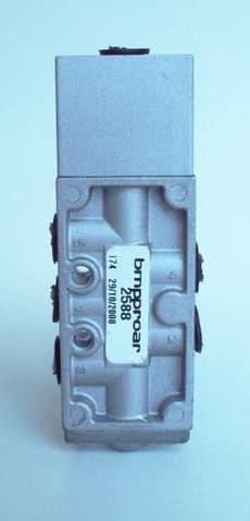 Válvula pneumática (modelo: 2588)