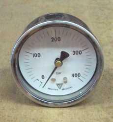 Manometro (escala: 400BAR)