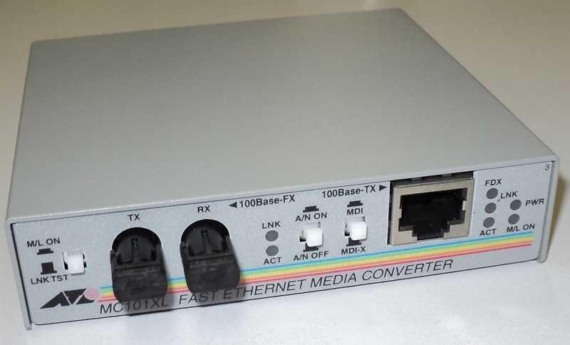 marca: Allied Telesyn <br/>modelo: MC101XL FAST ETHERNET <br/>estado: novo