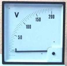Favor descrever as medidas do frontal e o fundo de escala desejados.