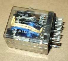 Rele (modelo: LR41893)