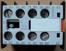 marca: Siemens modelo: 3TX44222A estado: novo