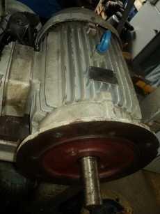 Motor elétrico (modelo: 30HP)