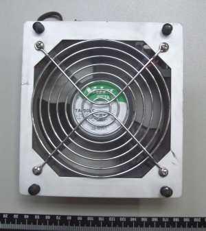 marca: Nidec <br/>modelo: BetaV 24VDC 135X148X40mm <br/>estado: usada