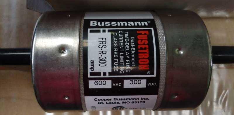 marca: Bussmann <br/>modelo: FRSR300 <br/>estado: novo