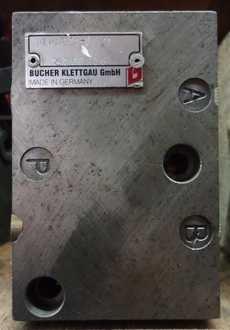 Válvula hidráulica (marca: Bucher Klettgau)