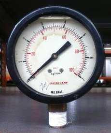 marca: Instrucamp escala: 100PSI 7kgf/cm2 estado: usado