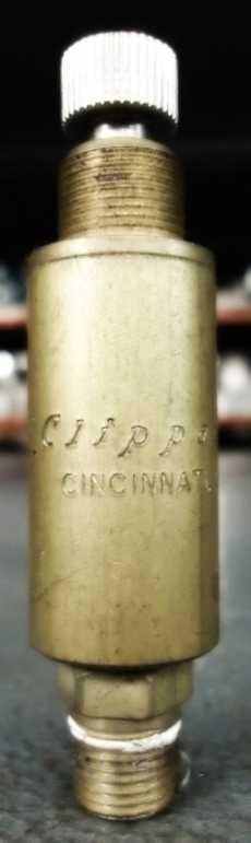 Válvula pneumática (marca: Clippard)