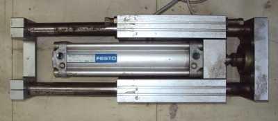 marca: Festo <br/> modelo: DNU50160PPVA c/guia 50X160 <br/>estado: usado