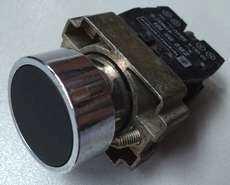 marca: Telemecanique modelo: ZB2BE101 s/trava 22mm preto 2contatos estado: usado