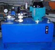 Unidade hidráulica com bloco rápido-lento