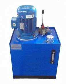 Unidade hidráulica com comando manual