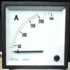 Amperímetro (escala: 0-400AMP)