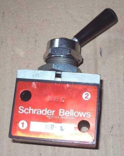 marca: Schrader Bellows <br/>modelo: 103L 2vias 2posições rosca3/8 <br/>estado: seminova
