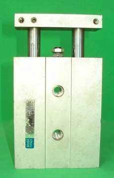 Cilindro pneumático (modelo: 1B2530-E)