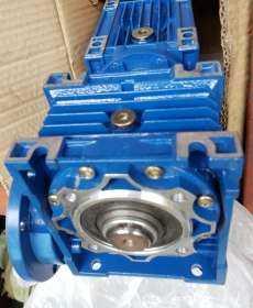 Redutor de velocidade (modelo: DRW050/063-150 flange D28)