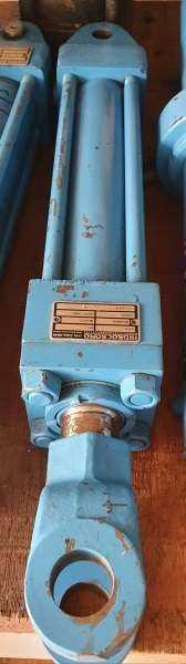 marca: HIDROCROMO <br/>modelo: 50,8X200 <br/>estado: usado